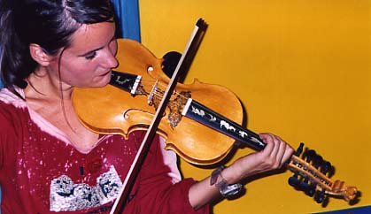 [Jonna Sandell playing The Hardanger Fiddle]